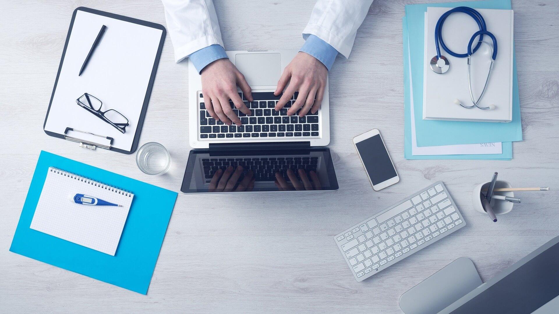 6.-o-que-estudar-para-ser-um-médico-perito